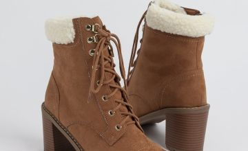 Sole Comfort Tan Lace Up Borg Hiker Boot