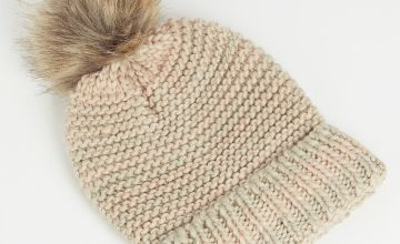 Pastel Knit Hat With Pom Pom - One Size