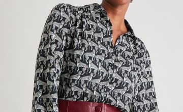Leopard Graphic Print Shirt