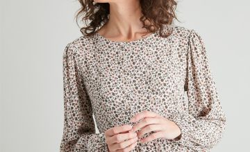 Ditsy Floral Tiered Blouse