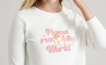Cream 'Mums Run The World' Sweatshirt
