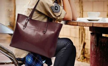 £19.99 instead of £67.58 (from Click in Red) for a leather shoulder bag - save 70%
