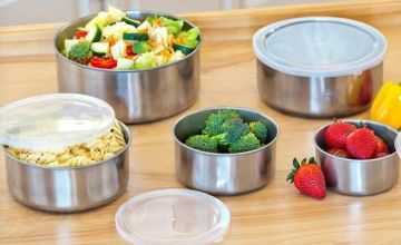 £5.99 instead of £39.99 for a five-piece set of stainless steel bowls from Direct2Public Ltd - save up to 85%