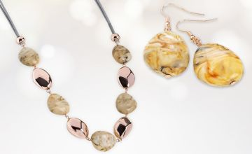 £8.99 instead of £49.99 (from Gem Nations) for a marble effect and rose gold coloured necklace and earring set - save 82%