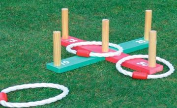 £4.99 instead of £17 (from Vivo Mounts) for a wooden quoits garden game - save 71%