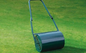 £24.99 instead of £57.95 (from CJ Offers) for a water-filled lawn roller - save 57%