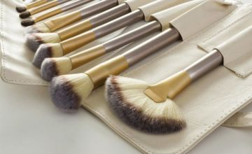 £8.99 instead of £39.99 for a 12pc Champagne Makeup Brush Set from Forever Cosmetics - save 78%