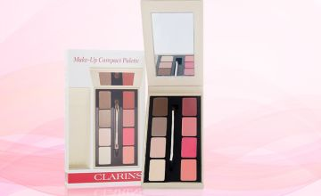 £22 instead of £36 for a Clarins make-up compact palette - save 39%