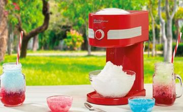 £18.99 instead of £39.99 (from CJ Offers) for a Cooks Professional slushy maker - save 53%