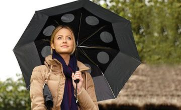£6.99 instead of £19.99 (from Personal Choice) for a wind-resistant umbrella - choose from four colours and save 65%