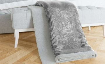 £14.99 instead of £59.99 (from Bliss Home Living) for a crushed velvet Sherpa throw - save 75%
