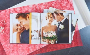£11.49 instead of £39.95 (from Colorland) for a 32 page 30 x 30cm photo book, £14.49 for a 48 page photo book or £17.49 for a 72 page photo book - save up to 71%