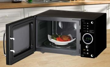 £69.99 instead of £149.95 (from Smart Retail Goods) for a Daewoo retro design microwave - choose from three colours and save 53%