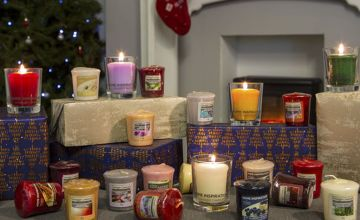 £7.99 instead of £12 for 12 assorted classic Yankee Candle mini samplers from Yankee Bundles - save 33%