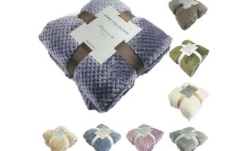 From £6.99 for a soft flannel throw - 7 sizes & colours from Wishwhooshoffers - save up to 77%