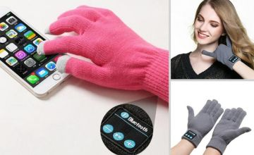 £6.99 instead of £39.99 (from MBLogic) for a pair of Bluetooth-enabled smart gloves - choose from four colours and save 83%