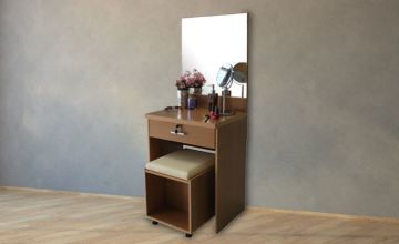 £69 instead of £150 (from Absolute Deal) for a vanity dressing table and mirror with a stool - save 54%