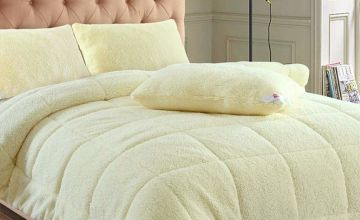 £8.99 instead of £29.99 (from Fusion Online) for warm winter teddy fleece pillow, £18.99 for a single duvet, £24.99 for a double duvet or £29.99 for a king duvet - save 70%