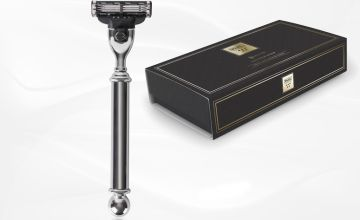 £14.99 instead of £39.99 (from Wahl) for a Gillette Mach3 compatible cartridge razor - save 63%