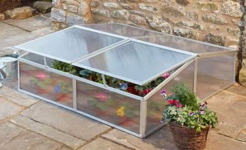 £65 instead of £149.95 (from CJ Offers) for a garden grow four vent aluminium cold frame - save 57%