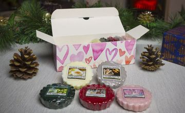 £9.99 instead of £20 for 10 Yankee Candle wax melts heart gift box from Yankee Bundles - save 50%