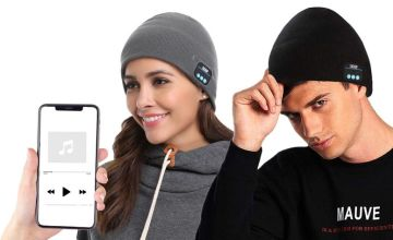 £8.99 instead of £39.99 (from Magic Trend) for a Bluetooth music beanie - choose your colour and save 78%