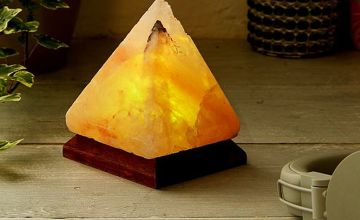 £9.99 instead of £29.99 (from Domo Secret) for a triangle USB salt lamp - save 67%