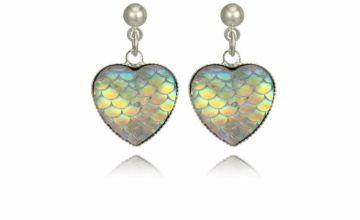 £3.99 instead of £16.99 for a pair of iridescent colour-shifting heart earrings from GetGorgeous - save 77%