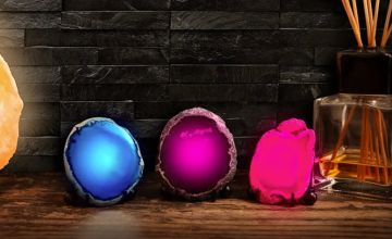 £7.99 instead of £13.99 (from Avant Garde) for a mineral rock LED lamp - save 43%