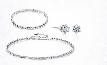 £6.99 instead of £99.99 for a crystal choker, bracelet and earring set from Gamechanger Associates – save 93%