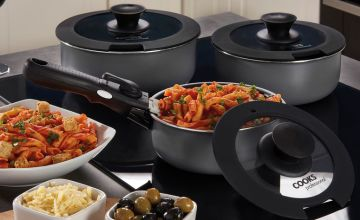 £24.99 instead of £49.95 (from CJ Offers) for a two piece set of pans with removable handles, £44.99 for a three piece set of pans or £59.99 for a five piece set of pans - save up to 50%