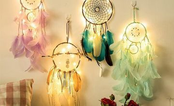 £7.99 instead of £39.99 (from Litnfleek) for an LED dream catcher - choose from four colours and save 80%