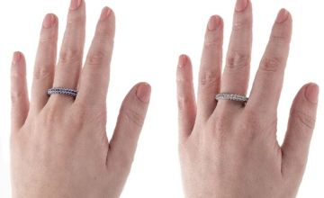 £9.99 instead of £49.99 for an eternity ring - choose from two colours from GameChanger Associates - save 80%