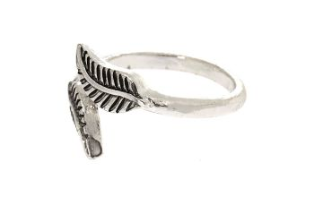 Go to Product: Silver Leaf Wrap Toe Ring