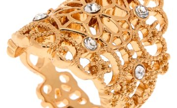 Go to Product: Gold Filigree Flower Ring