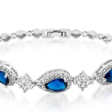 £11 instead of £59.99 for a blue tri-heart simulated sapphire bracelet from GameChanger Associates - save 82%