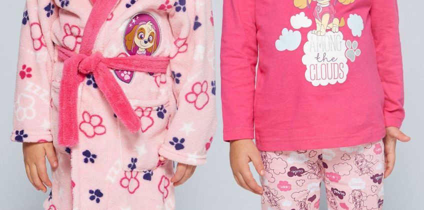 Young Girls Paw Patrol Skye Pyjamas and Robe Set from Studio