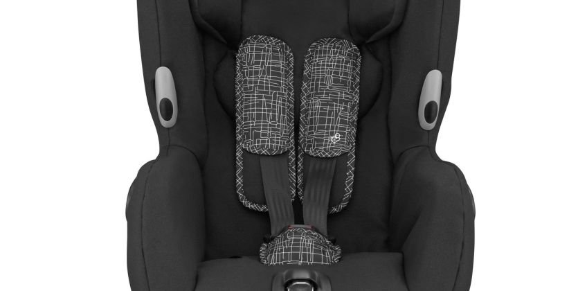 Maxi-Cosi Axiss Group 1 Car Seat - Black from Argos