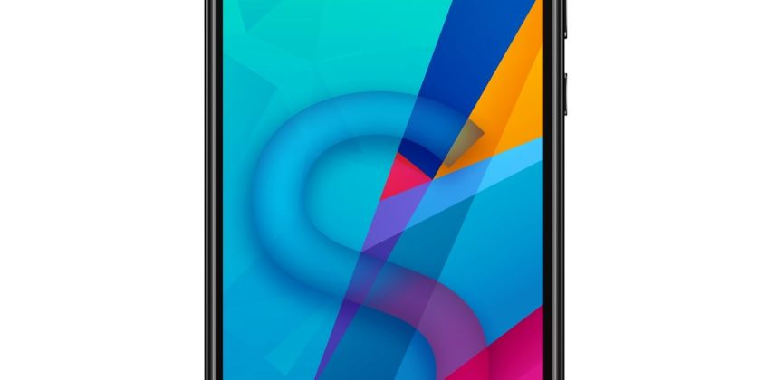 SIM Free HONOR 8S 32GB Mobile Phone - Black from Argos