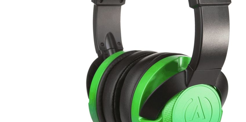 FUSION Xbox One, PS4, PC, Switch Headset - Emerald Fade from Argos