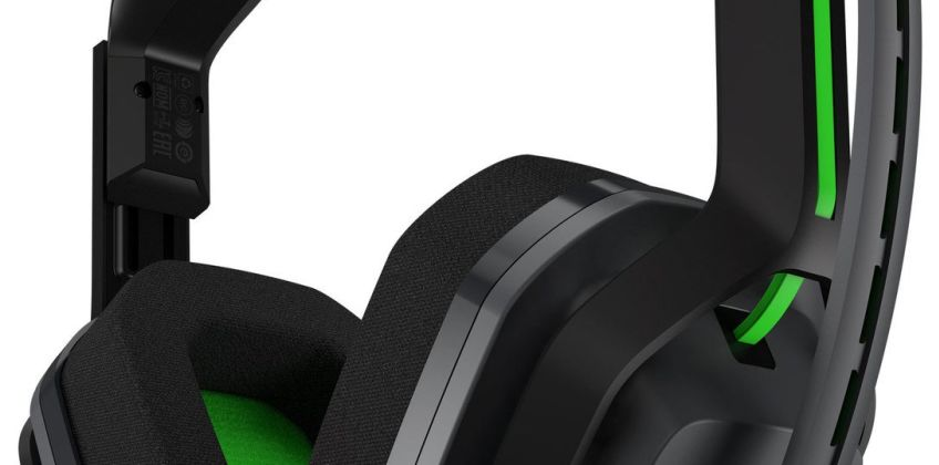 Astro A20 Wireless Xbox One Headset - Black & Green from Argos