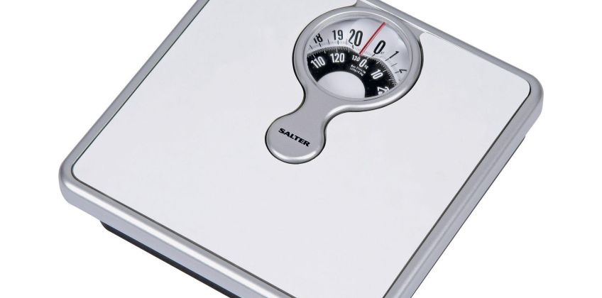 Salter Magnifying Mechanical Bathroom Scales - White from Argos