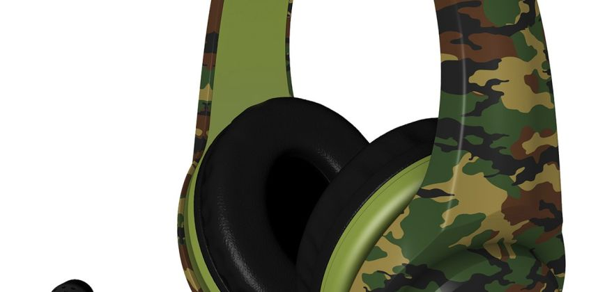 4Gamers PRO4-70 PS4 Headset PS4 - Camo from Argos