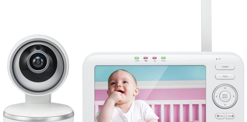 VTech 5261 Video 5 Inch Baby Monitor from Argos