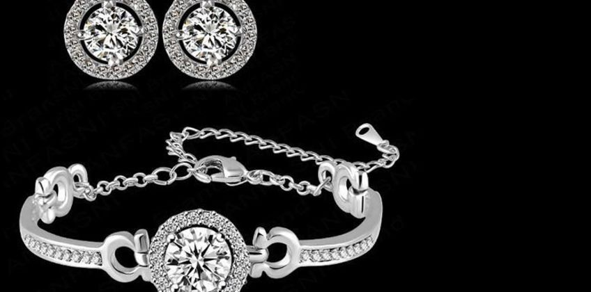 £9.99 instead of £89 for a crystal halo bracelet & earrings set from Genova International Ltd - save 89% from Wowcher