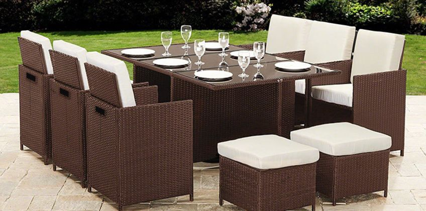 £339 instead of £1599 (from Dining Tables) for a 10-seater durable polyrattan garden furniture set - choose between black and brown while saving 77% from Wowcher
