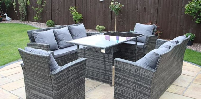 From £499 instead of £970 (from Dreams Outdoors) for a Rosen polyrattan furniture set with an optional rain cover - choose from two sizes and three colours and save up to 49% from Wowcher