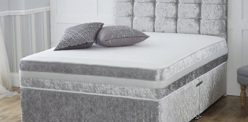 From £79 instead of £320 (from Dining Tables) for a crushed velvet divan bed and memory mattress - choose from four colours, two or four drawers and save up to 75% from Wowcher