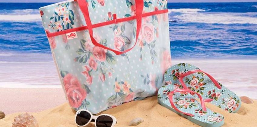 £6.99 (from Zohula) for a splash resistant beach bag and flip flops set – choose from two designs from Wowcher