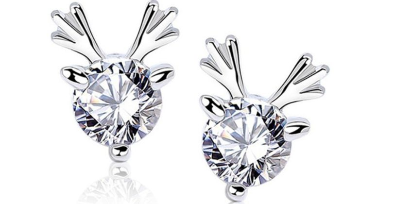 £3.99 for a pair of silver-plated crystal reindeer earrings from Solo Act Ltd  from Wowcher